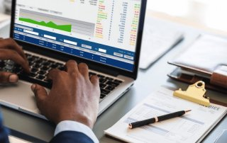 Accounting qualifications for businesses